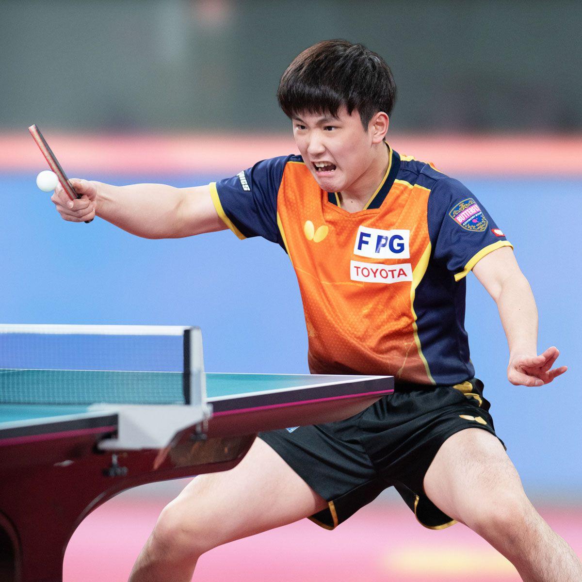 張本智和(JPN)|契約選手|バタフライ卓球用品