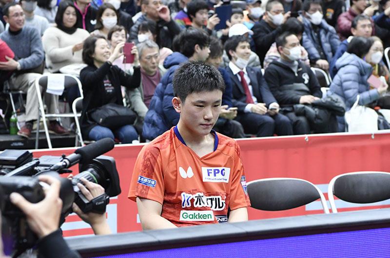 8b631cb0de6f96 男子シングルス3位 張本智和「全日本は本当に苦しくて恐い大会だと思った ...